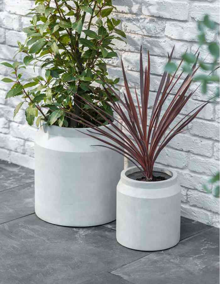 Set of 2 Contemporary Planters, Grey