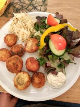 Huge portion of fried muschrooms and salad at Gasthaus zum grunen Baum, Passau