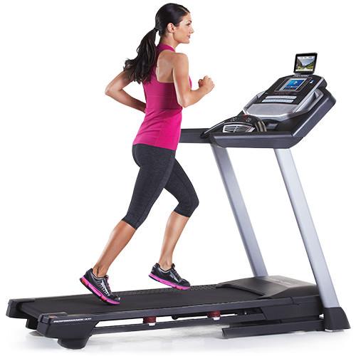 Nordictrack 990 vs Proform 900 Treadmill
