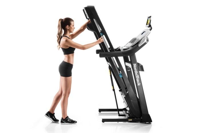 nordictrack c1270 treadmill folding