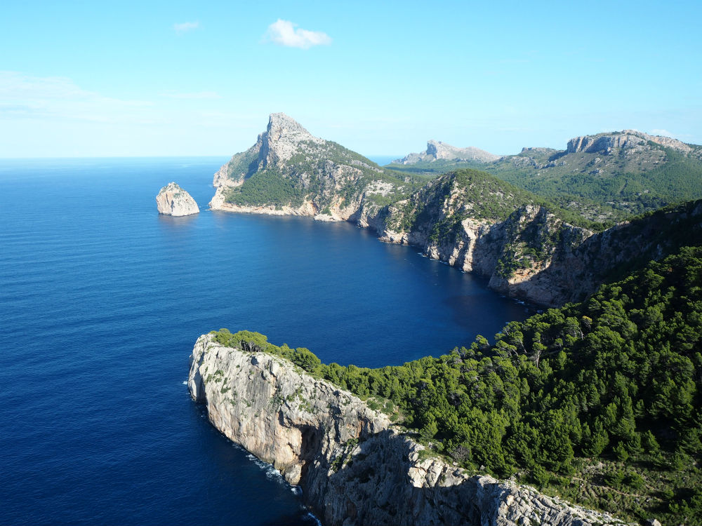 The view from El Mirador de Sa Creueta in Mallorca. The viewpoint is hidden in the Tramuntana mountain range