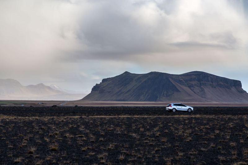 Volvo V40, Lavafelder bei Vik, Island