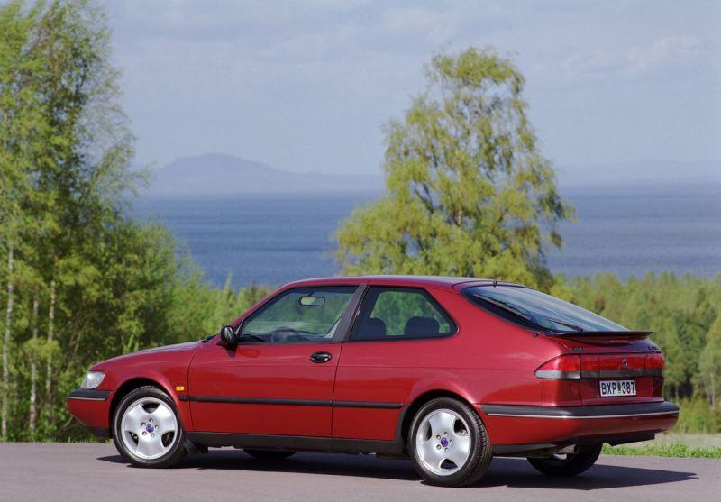 Saab 900. Foto Credit: Saab Automobile AB