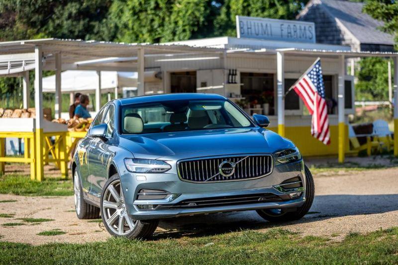 Volvo S90 in den Hamptons. Bild: Volvo Cars
