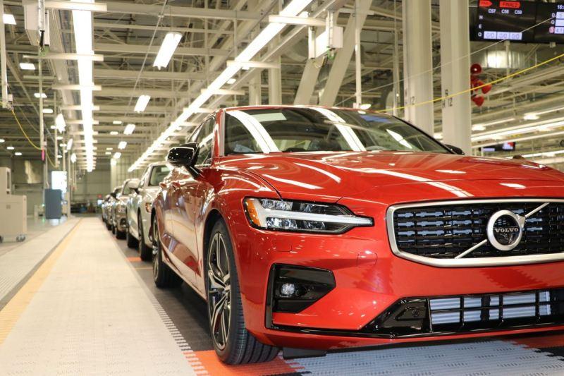 Volvo fährt die S60 Produktion hoch