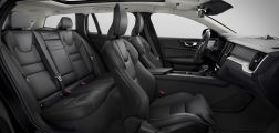Volvo V60 Cross Country (2019) Interieur