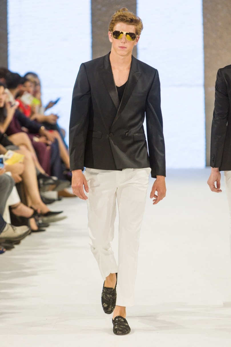 shayne-gray-TOM-aug-20-runway-Dalla-1227