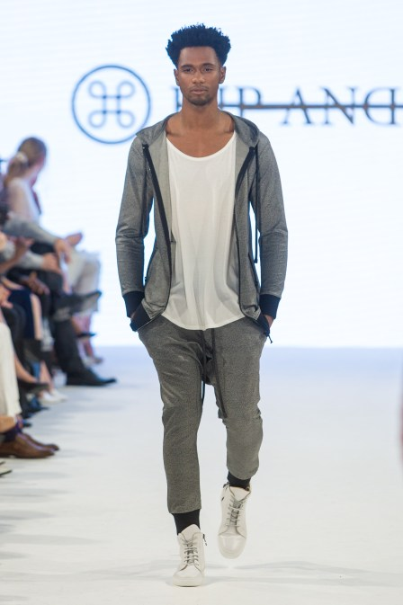shayne-gray-TOM-aug-20-runway-hand-and-bone-9892