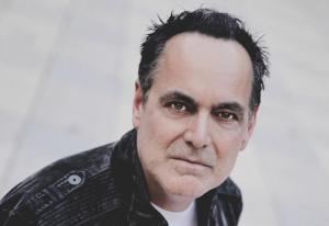 "Neal Morse mit neuem Singer Songwriter-Soloalbum ""Life and Times"""