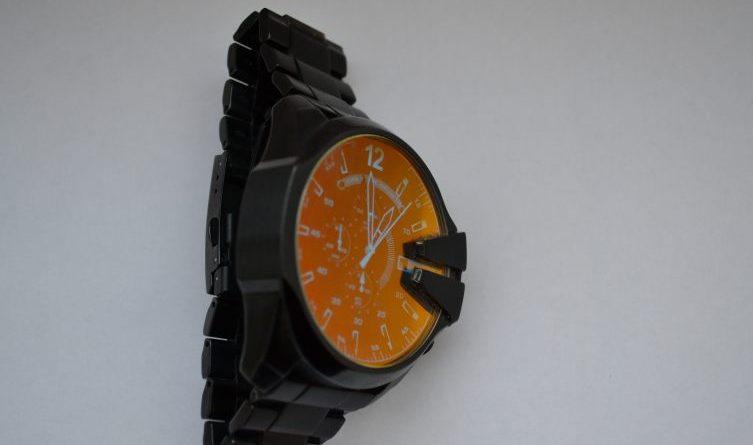 Werlte/Sögel - Polizei Werlte klärt Sögeler Raub vom Kirmessonntag, Eigentümer einer Uhr gesucht Foto: Presseportal.de