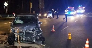Meppen - Unfall zwischen Lkw und Pkw im Kreuzungsbereich Nödike Foto: Torsten Albrecht