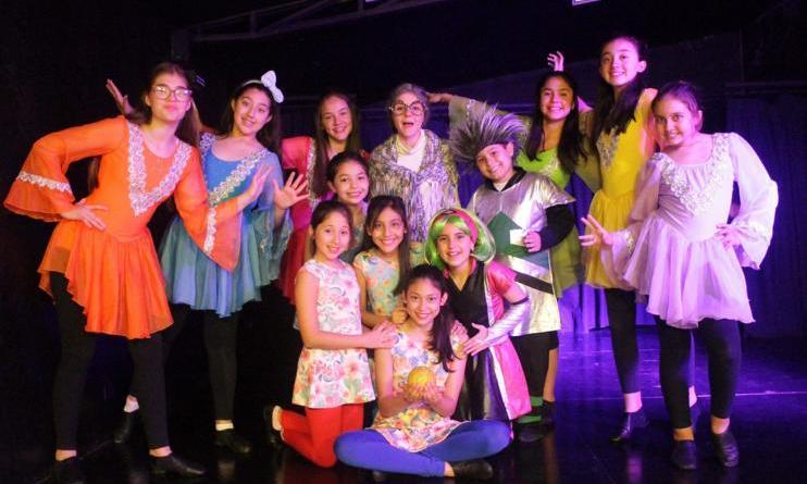 """15. Welt-Kindertheater-Fest zu Gast in Nordhorn - Gastspiel der Gruppe aus Paraguay in der """"Alten Weberei"""" Foto: Axioma Teatro"""