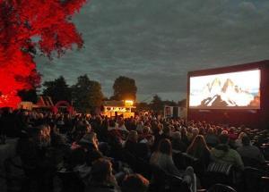 """Emswiesen werden wieder zum Kinosaal - Tragikomödie """"Dieses bescheuerte Herz"""" läuft am 8. September– Eintritt frei - Film ab! Am 8.September ist Open-Air-Kino auf den Emswiesen. Der Eintritt ist frei. Foto: Stadt Haren"""
