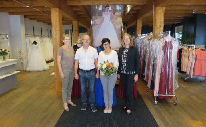 Neueröffnung: HAVIÉNN in der Großen Straße bietet Braut und Abendmode Foto: Stadt Lingen