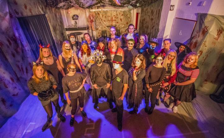 """So wie im letzten Jahr auch wird sich die Partycrew wieder passend zu dem Motto """"Halloween"""" für ihre Gäste verkleiden und das JUZ dekorieren. Foto: Stadt Papenburg"""