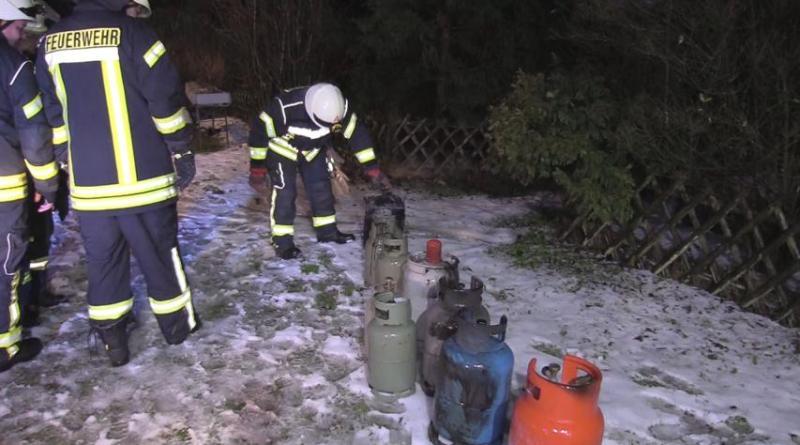 Geeste - Zwei Schwerverletzte bei Brand eines Mobilheims auf Campingplatz Foto: NordNews.de