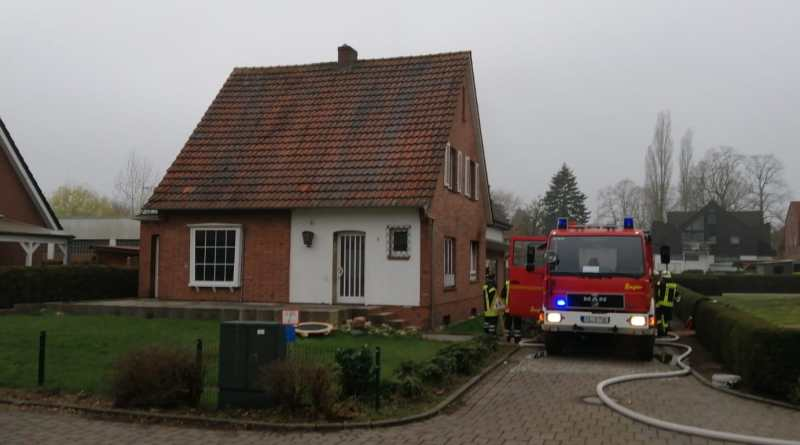 Aktuell/ Osterbrock: Zimmerbrand in der Straße Tannenweg Foto: NordNews.de