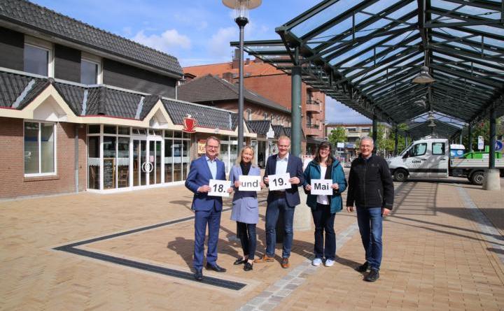 Neue Fußgängerzone Wird Eingeweiht Stadt Und Gewerbeverein Laden