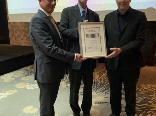 (v.l.) Lutz Kleinfeldt, Vizepräsident des BDSW, Jan-Eckert Seebohm (ausgezeichneter Mitarbeiter von WWS-Strube & Kurt Strube (Geschäftsführender Gesellschafter WWS-Strube)