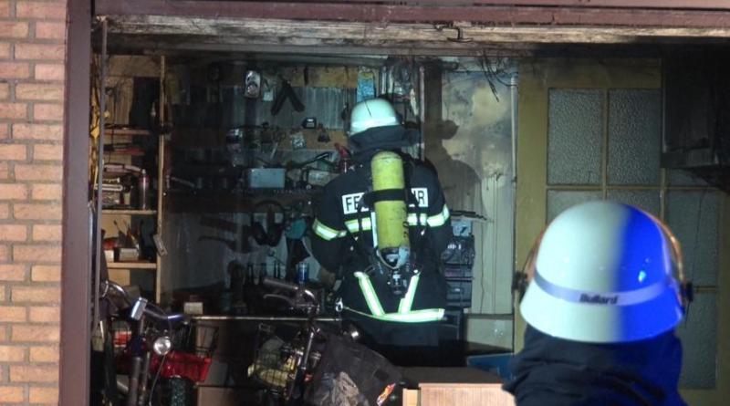 Lingen Aktuell - Garagenbrand im Finkenweg - Foto: NordNews.de