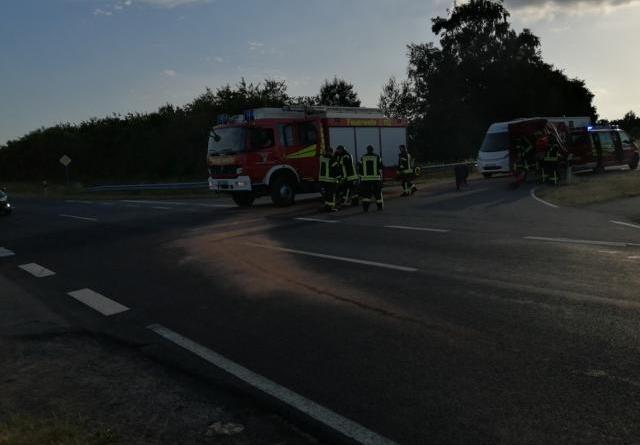 Geeste - Verkehrsbehinderungen auf der Süd-Nord-Straße - Feuerwehr im Einsatz - Foto: NordNews.de