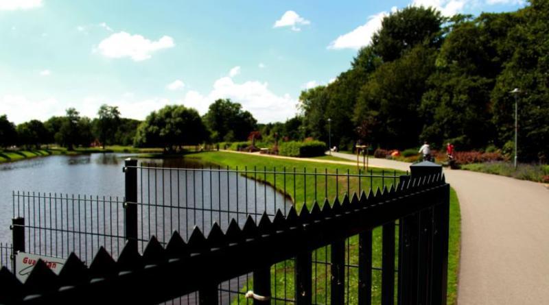 """Ab dem 20. Juni werden die Tore des Stadtparks für den Aufbau zur Blumenschau 2019 geschlossen. Ab dem 17. Juli können dann alle Besucher und Bürger den Park im """"neuen Glanz"""" erleben. Foto: Stadt Papenburg"""