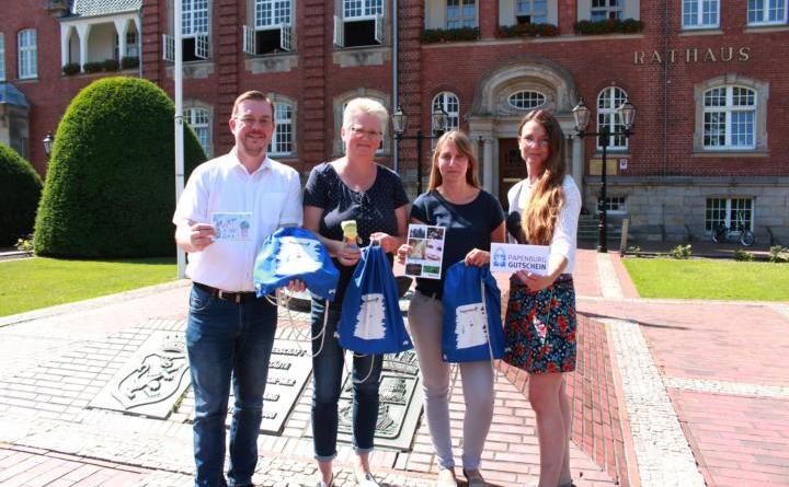 Willkommenspaket für Babys ab 1. Juli - Foto: Stadt Papenburg