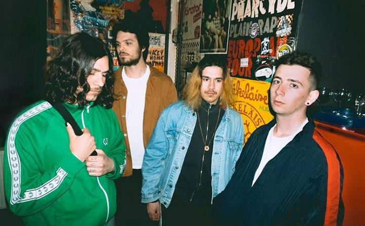 """Lonely Spring aus Passau bringen Emo-Rock back to life – """"Strangers"""" OUT NOW"""