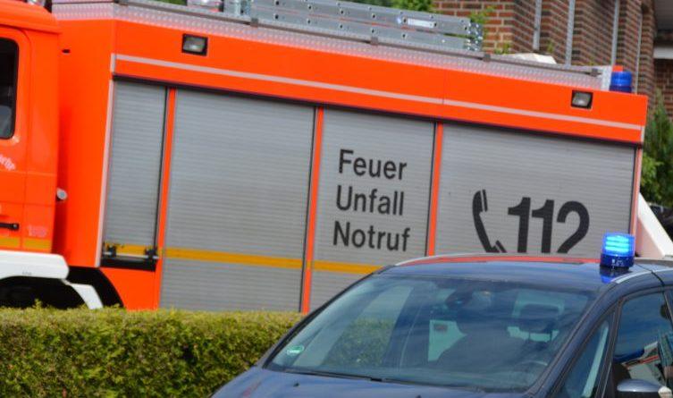 Polizei 1 Feuerwehr1 Polizei1 - Foto: NordNews