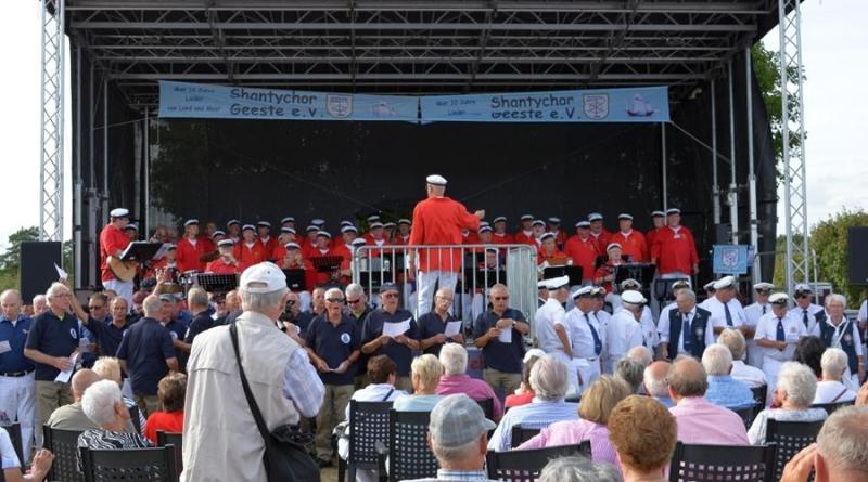 Der Shanty Chor Geeste eröffnet traditionell das Open Air. Foto: Gemeinde Geeste