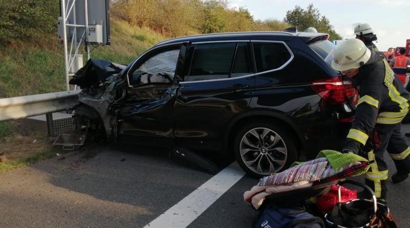 Aktuell - Schwerer Unfall auf der A 31 Fahrtrichtung Norden - Foto: NOrdNews.de
