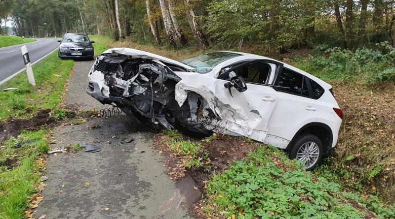 Haselünne - Schwerer Verkehrsunfall auf der Alten Dorfstraße - Foto: NordNews.de Übersicht1