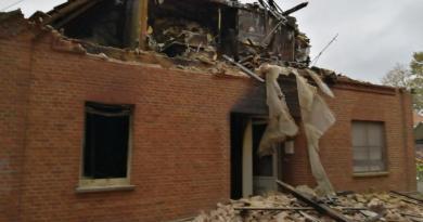 Geeste - Brand in Gemeinschaftsunterkunft - Übersicht - NordNews.de - Großbrand in Geeste - Haus am Bauhof zerstört - Foto: NordNews.de