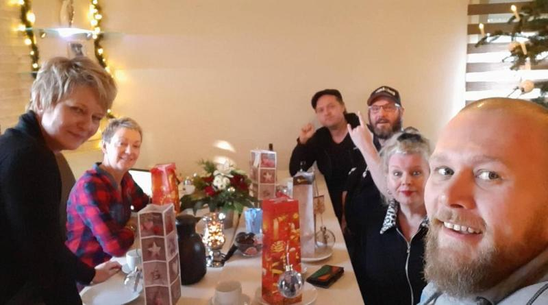 Selfie von links: Barbara Lenz, Gaby Lerch, Matthias Klose, Christian Knüpp, Lulu Wübben-Kühn, Christian Jüdick (Foto: Jüdick)