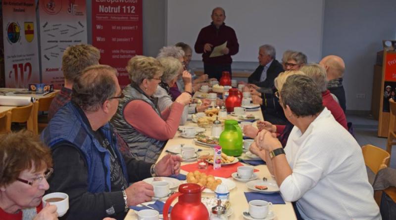 Ehrenstadtbrandmeister Fritz Völker berichtete über die Aktivitäten der Alters- und Ehrenabteilung im Jahr 2019. Foto: Jens Menke, Feuerwehr Meppen