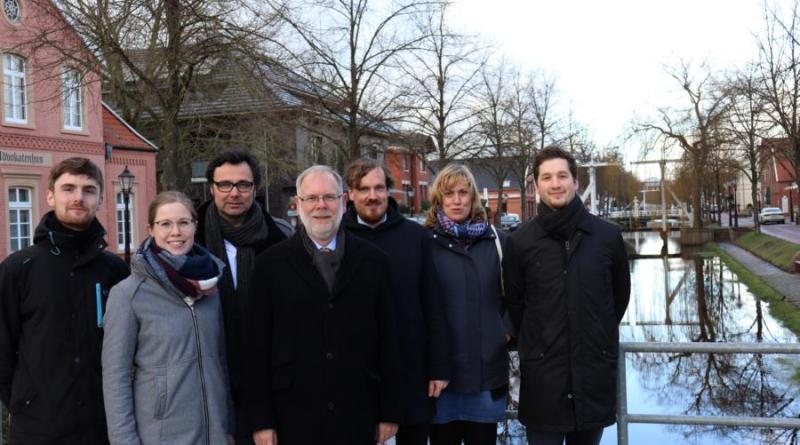 """Zusammen mit dem Planungs- und Ingenieurbüro Sweco GmbH untersucht die Stadt Papenburg zurzeit die möglichen städtebaulichen Entwicklungen im Stadtteil """"Untenende"""". Foto: Stadt Papenburg"""
