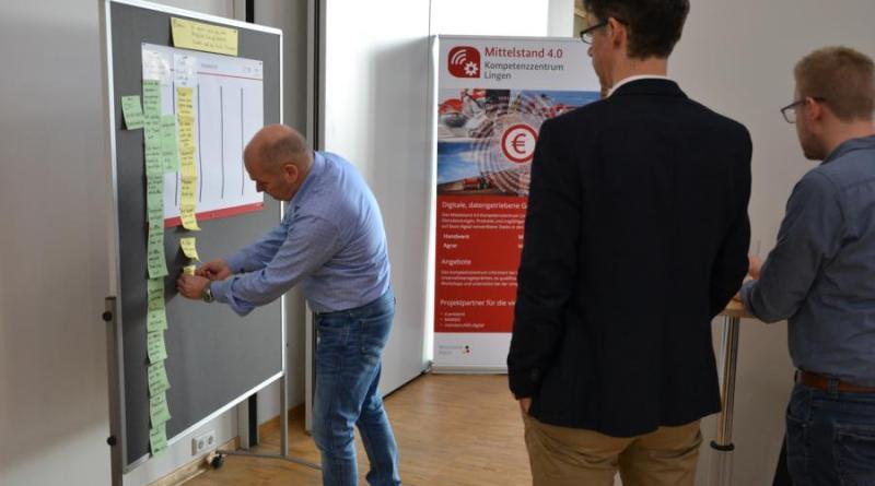 von links: Rüdiger Köhler (Georg Utz GmbH), Christian Schulze Severing (Baerlocher GmbH), Thorsten Heilker (Kunststoffnetzwerk Ems-Achse)