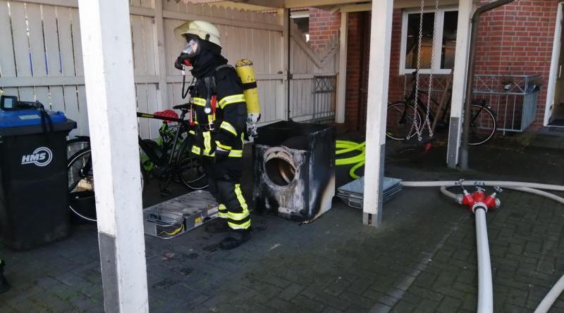 Wäschetrockner brennt in Keller - Wohnhaus unbewohnbar - Foto: NordNews.de