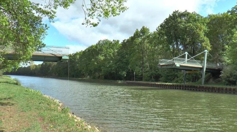 Emsbüren - Brücke nach Schiffsunfall eingestürzt