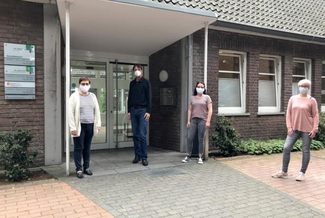 (v.l.n.r.): Dr. Ana-Maria Blaja, Martin Oskamp, Stefanie Seeberg und Anke Heetlage. Foto: Landkreis Grafschaft Bentheim