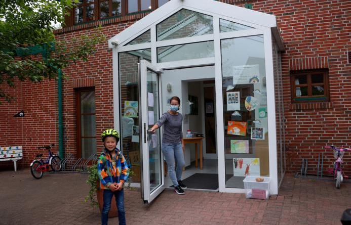 Als Vorschulkind besucht Tom Olbrich seit Kurzem wieder die DRK Kita Regenbogenland. Foto: Stadt Papenburg