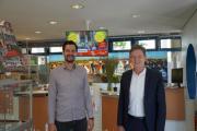 Freuen sich über den grandiosen Erfolg: (v. li.) der Geschäftsführer der Lingen Wirtschaft + Tourismus (LWT) Jan Koormann und Oberbürgermeister Dieter Krone. Foto: Stadt Lingen