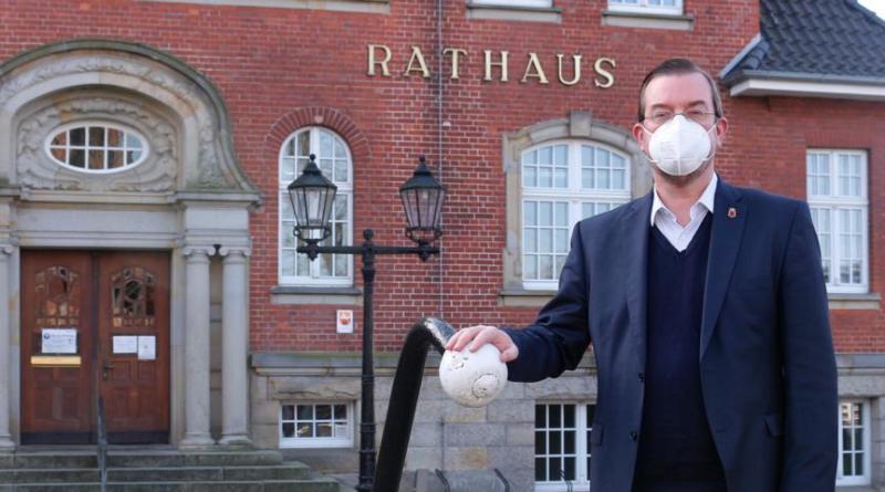 Bürgermeister Bechtluft setzt auf Solidarität und Zusammenhalt - Foto: Stadt Papenburg