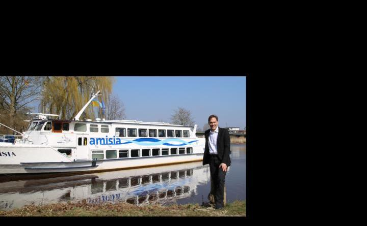 Geschäftsführer Dieter Sturm und seine Crew laden wieder zu Schiffstouren ein. Foto: Stadt Haren (Ems)