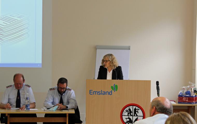 Frau Dr. Sigrid Kraujuttis unterstrich die Wichtigkeit der Kreisausbildung und freut sich über die Wiederaufnahme des Lehrbetriebes. Foto: Jens Menke