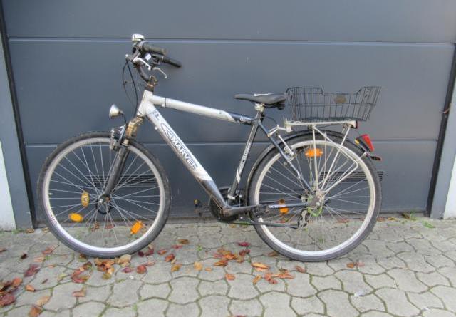 Lingen - Zwei Fahrräder beschlagnahmt - Fahrradeigentümer gesucht - Foto: Polizei