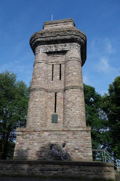 Bismarckturm Sargenroth (N 49° 56.227 E 007 31.245)