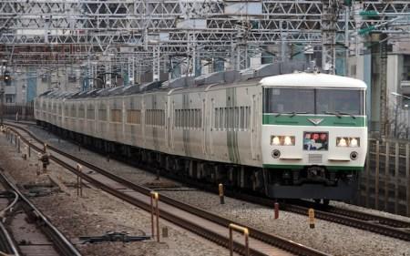 東京駅の特急「(スーパービュー)踊り子」乗り場は何番線ホーム?