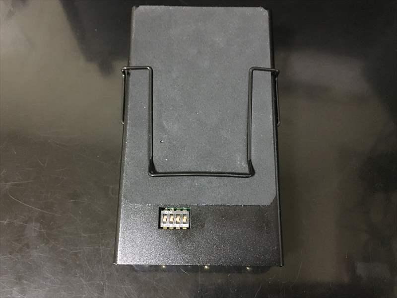アンフィニ Batteryの裏面コントロール スイッチ 【動画あり】アンフィニ の Battery(バッテリー)を購入しました!  EQがないため、代わりにD.A-Booster3を使ってみたけど、かなり良い!