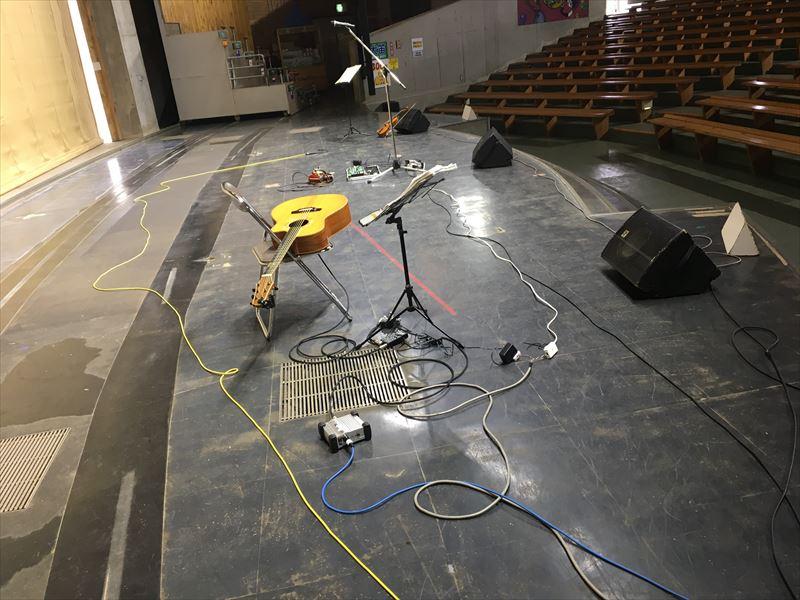 ステージもドームも広い!